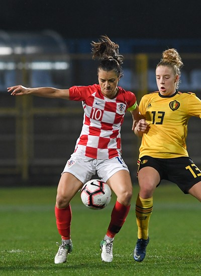 Belgium's Justine Vanhaevermaet, Croatia's Iva Landeka and Belgium's Elena Dhont pictured in action during a soccer game between Croatia and Belgium's Red Flames, Friday 08 November 2019 in Zapresic, Croatia, the third out of 8 qualification games for the women's Euro 2021 European Championships.